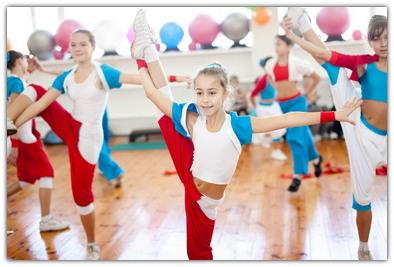 С какого возраста отдавать ребенка в спортивную секцию