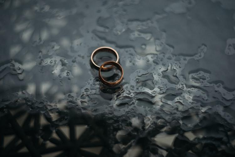 Как понять, что парень или муж изменяет